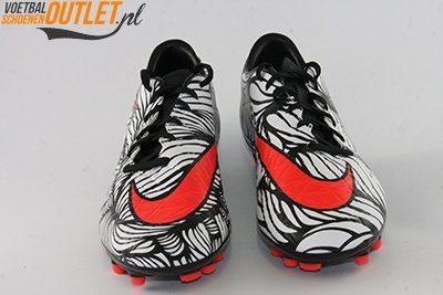 Nike Hypervenom Phatal Neymar wit zwart voorkant (820111-061)