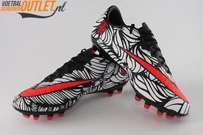 Nike Hypervenom Phinish Neymar wit zwart voor- en zijkant (820122-061)