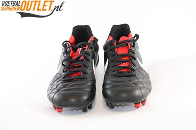 Nike Tiempo Mystic zwart voorkant (454309-010)