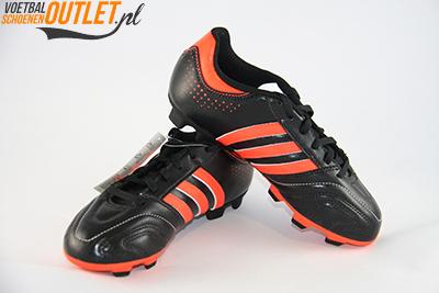Adidas Adipure 11Questra zwart rood kids voor- en zijkant (G61797)