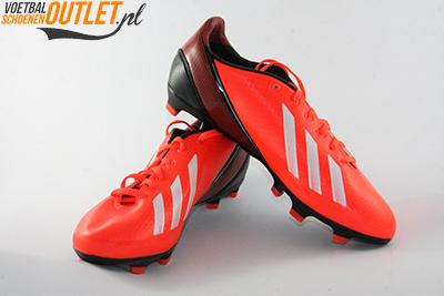 Adidas Adizero F10 rood zwart kids voor- en zijkant (Q33868)
