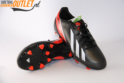 Adidas Adizero F30 zwart wit rood kids voor- en onderkant (Q33896)