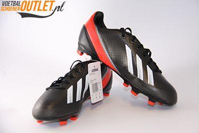 Adidas Adizero F30 zwart wit rood kids voor- en zijkant (Q33896)