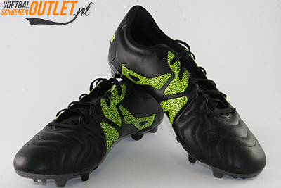 Adidas X 15.3 zwart geel voor- en zijkant (B26971)