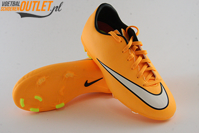 Nike Mercurial Victory oranje kids voor- en onderkant (651634-800)