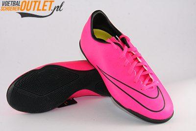 Nike Mercurial Victory roze kids (IC) voor- en onderkant (651639-660)