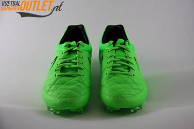Nike Tiempo Legend groen voorkant (631518-330)
