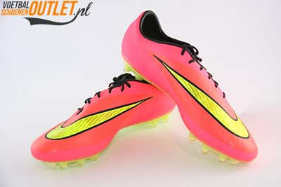 Nike Hypervenom Phatal rood geel voor- en zijkant (599075-690)
