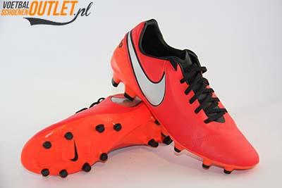 Nike Tiempo Mystic rood voor- en onderkant (819236-608)