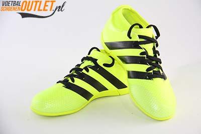 Adidas Ace 16.3 geel kids (IC) voor- en zijkant (AQ3425)