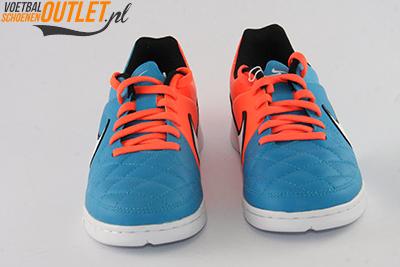 Nike Tiempo Genio blauw oranje kids (IC) voorkant (631528-418)