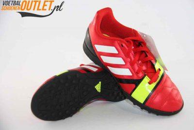 Adidas Nitrocharge 3.0 rood kids (TF) voor- en onderkant (Q33719)