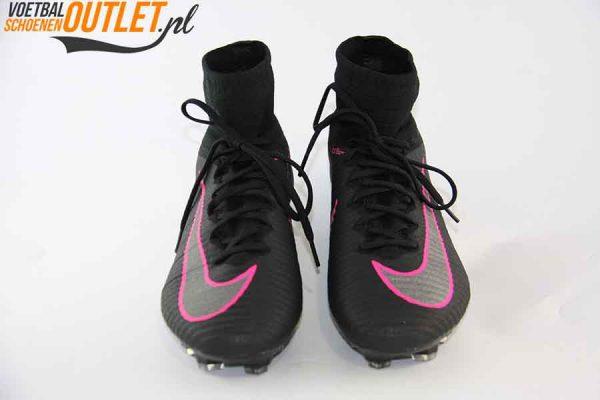 Nike Mercurial Superfly zwart kids met sok voorkant (831943-006)