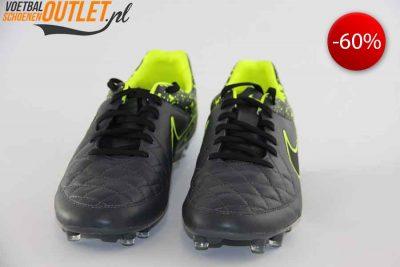 Nike Tiempo Legend grijs voorkant (631518-006)