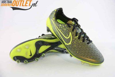 Nike Magista Opus mosgroen voor- en onderkant (649230-370)