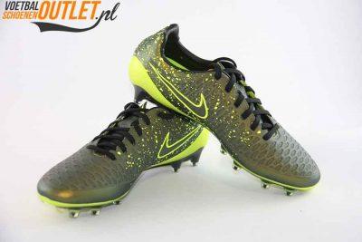 Nike Magista Opus mosgroen voor- en zijkant (649230-370)