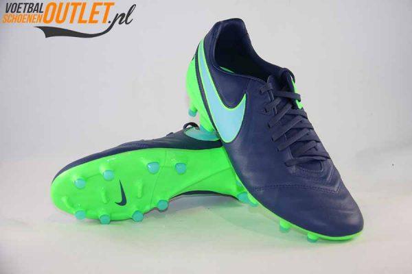 Nike Tiempo Legacy blauw groen voor- en onderkant (819218-443)
