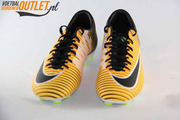 Nike Mercurial Victory oranje zwart, voorkant (831964-801)