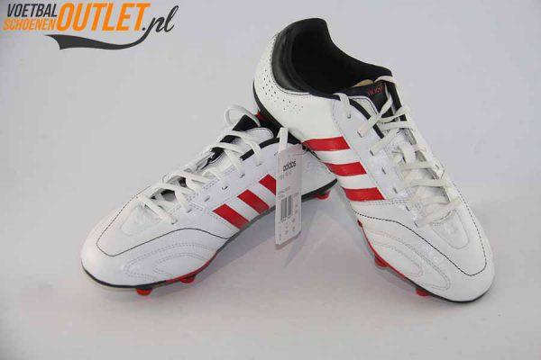 Adidas 11 Nova wit voor- en zijkant (Q23829)