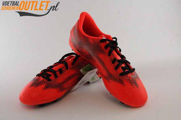 Adidas Adizero F5 rood voor- en zijkant (M29590)