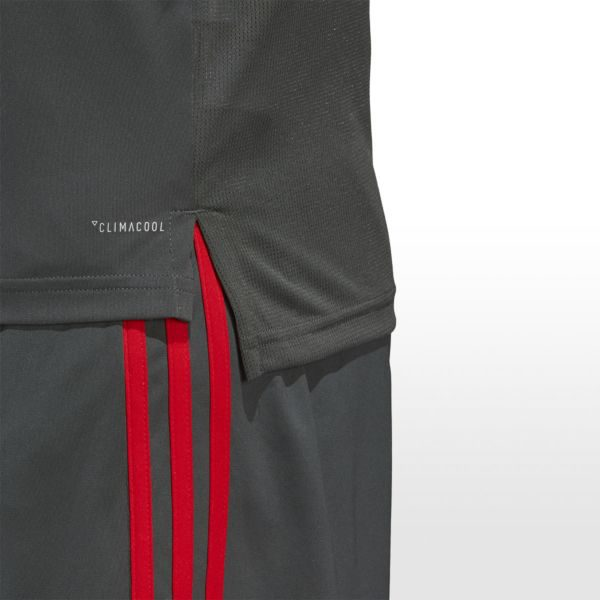 Adidas Bayern trainingsshirt cw7262 detail 3