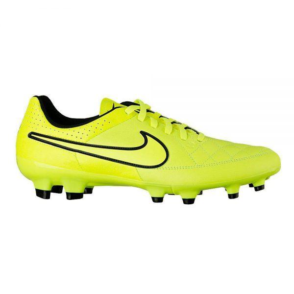 631282-770 Nike Tiempo geel